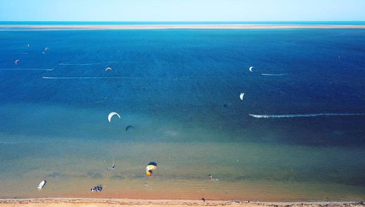 kitesurfers-plage-djerba