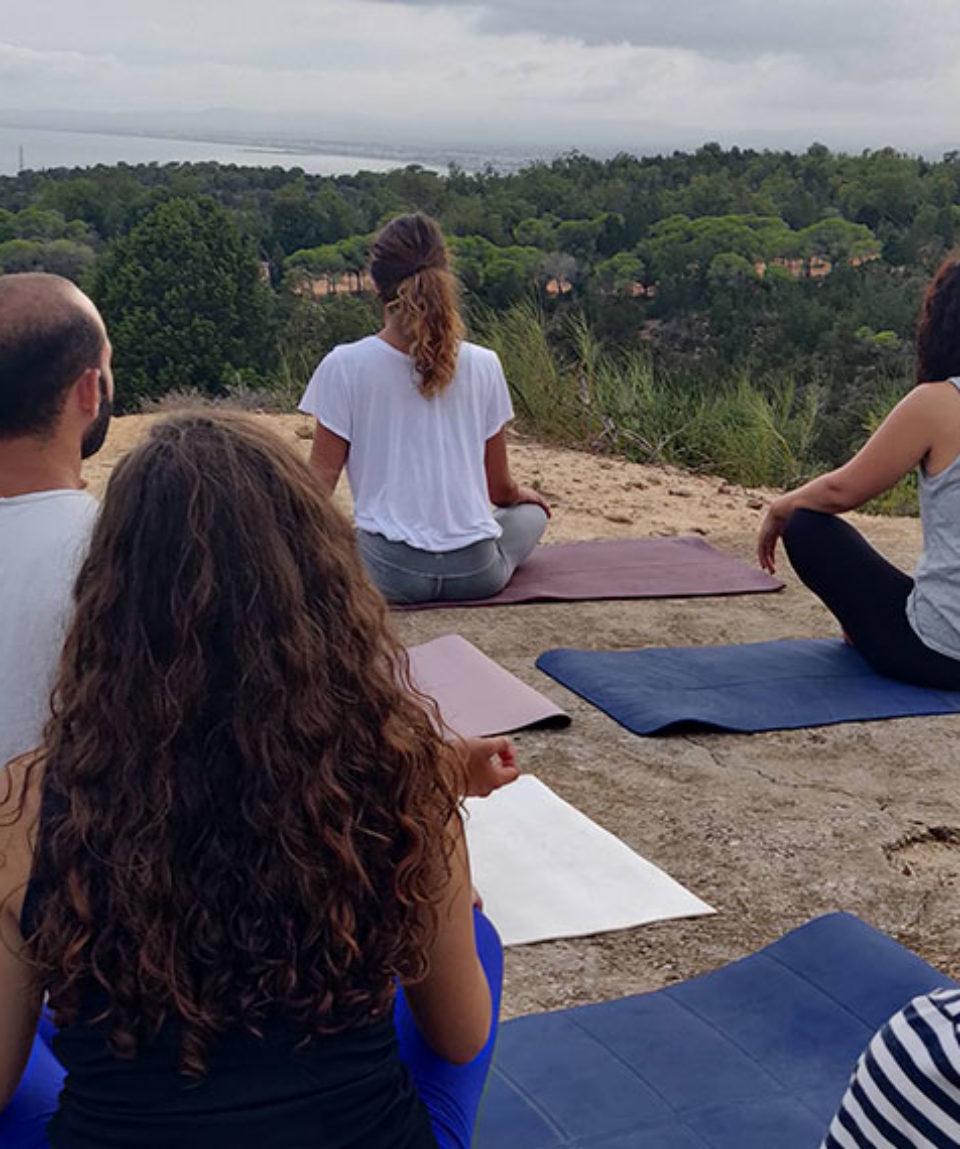 sejour-a-hammamet-yoga-meditation-exterieur