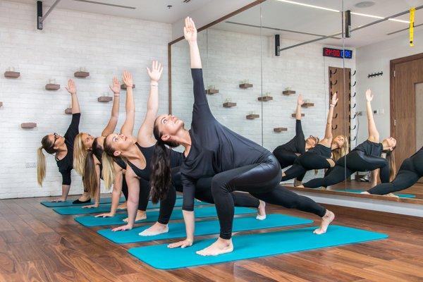 Cours de Vinyasa yoga femme