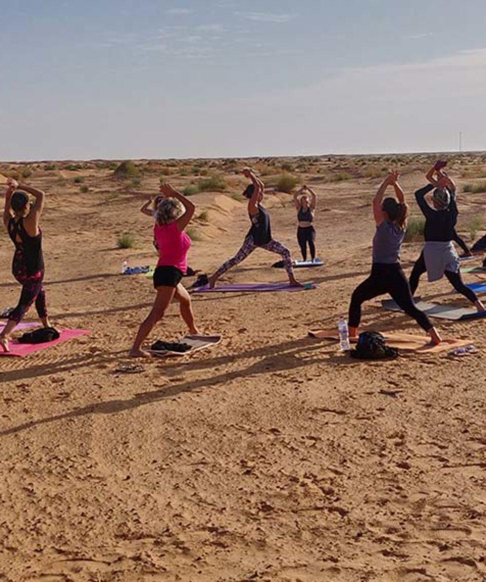 sahara-yoga-desert