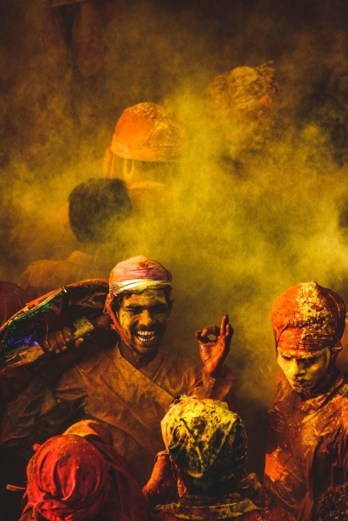 La tradition culturelle des mudras a été apportée en Inde il y a plus de 3500 ans.