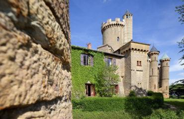 Facade du Château du Beaujolais