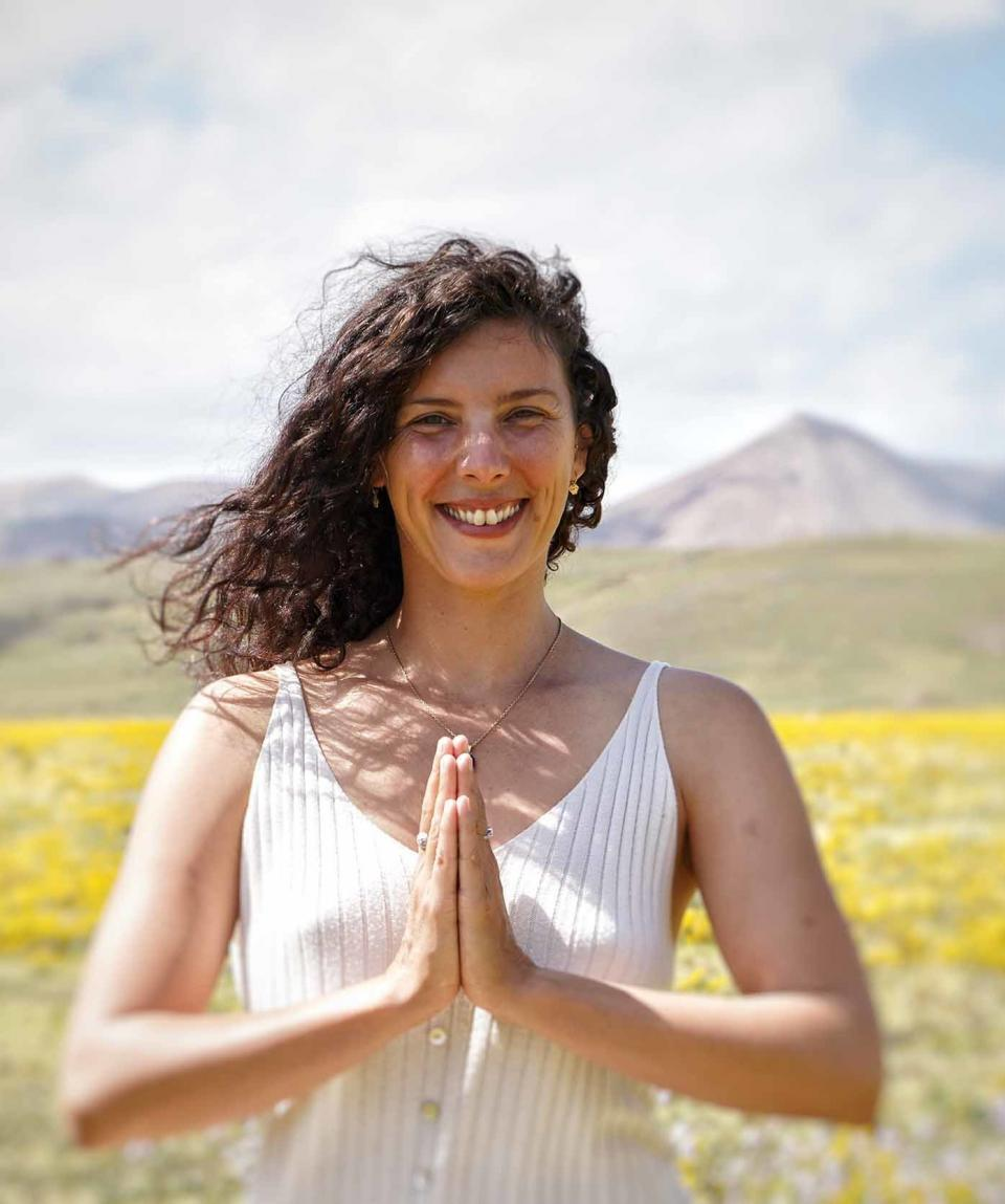 lea-professeur-yoga-pays-basque
