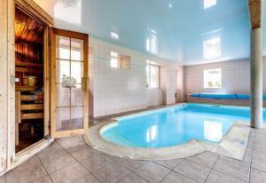 piscine avec spa inclus de l'Hotel de la Poste
