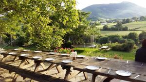 table à manger durant la retraite de yoga randonnée au pays basque