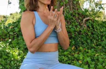 rosa-professeur-yoga